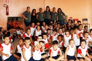 A nascente do Meia Ponte visita escola e alunos, professores se encantam com ela.
